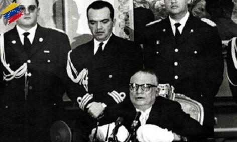 Rómulo Betancourt después de sufrir el atentado