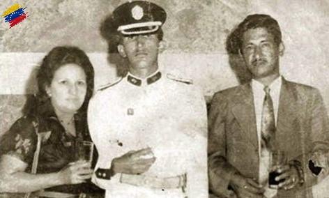 Hugo Chávez carrera militar