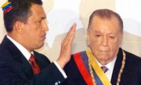 Rafael Caldera en la toma de posesión de Hugo Chávez